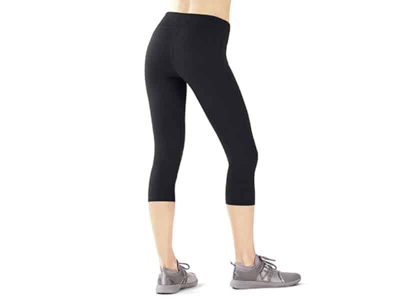 Fabletics Salar Yoga Capri Leggings for Women