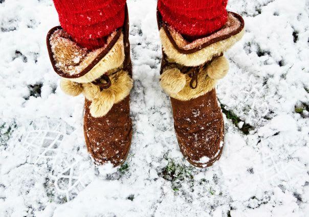 wearing heated socks when it's snowing