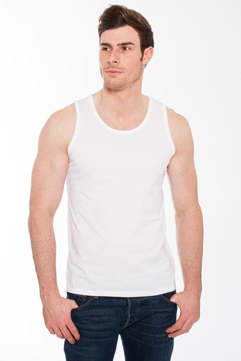 man wearing white undershirt