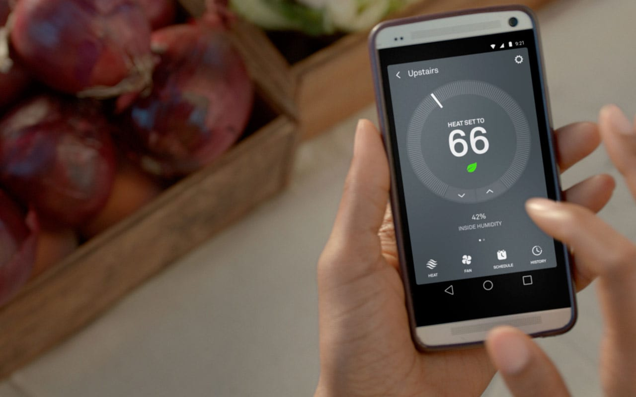 controlling thermostat through mobile app