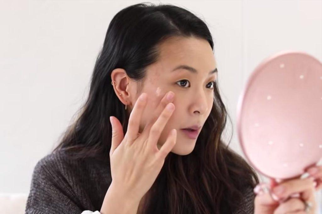 Eye makeup for monolid eyes
